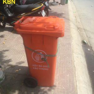 thùng rác nhựa công nghiệp 240 lít