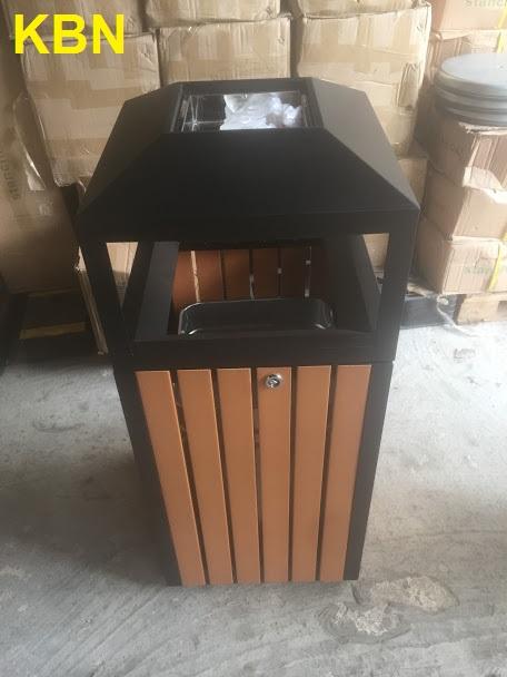 thùng rác gỗ công nghiệp